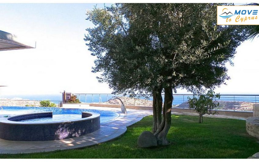 6 Bedroom Detached Villa for Sale in Agios Tychonas