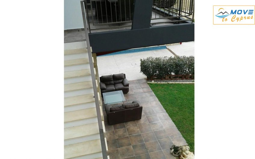 Detached House for Sale in Germasogeia – 3 Bedrooms